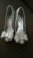 Schuh silver stilleto. Size 4. Excellent Condition.
