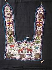 Ancienne Décoration Tribale brodée de perles , Rajasthan , Inde
