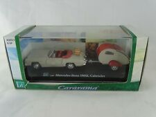1:43 Hongwell Mercedes-Benz 190SL Cabriolet + Caravan in Display Case New