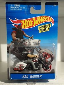 2015 Hot Wheels  Moto BAD BAGGER figurine Incluse    Neuf Sous blister   Harley