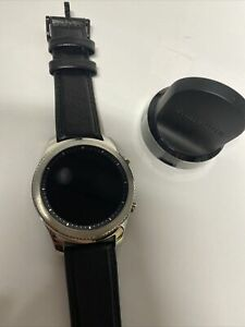 Samsung Galaxy Gear S3 Classic, Silver, Great Condition- PW10