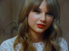 Taylor Swift Signed 8x10 Photo Picture Autographed Pic