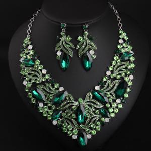Fashion Rhinestone Bib Choker Pendant Crystal Statement Necklace Women Jewelry