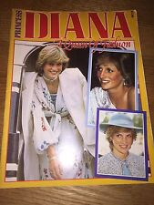 PRINCESS DIANA - A QUEEN OF FASHION SOFT COVER BOOK UK - WITH INSERT
