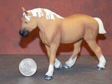 Dollhouse Miniature Horse Belgian 3.75 inch Safari Ltd Animal Dollys Gallery G49
