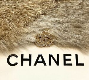 Chanel Gold CC Logo Stamped Button 22mm Metal Zipper Pull With Crystals