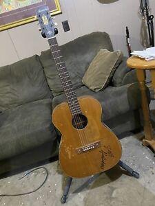 Vintafe Harmony Acoustic Guitar