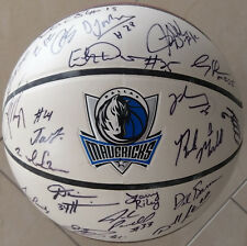 Dallas Mavericks d'installé signed Basket signés NBA BASKETBALL équipe 2005