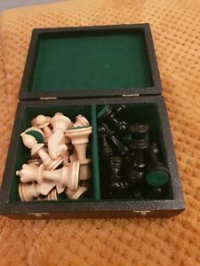 Jacques Wooden chess pieces weighted boxed