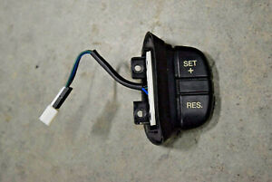 Land Rover Discovery 2 OEM Steering Wheel Cruise Control Switch Button YUH100320