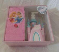 2 pc Disney Princess Lotion Pump & Fingertip Towel Set NIP