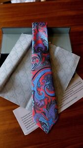 NWT Ermenegildo Zegna Quindici Tie (Necktie) - Red Paisley - 100% Silk - Italy