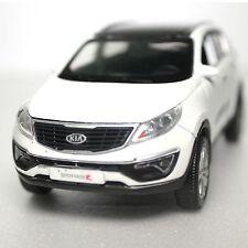 1:36 Kia 2014 Sportage R Die cast Mini Car, Open Door,Pull Back Wheel -White