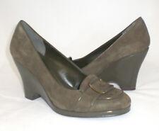 Bandolino Valerie wedge loafer green suede 9 Med NEW