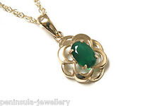 """9ct Gold Green Agate Pendant and 18"""" Chain Made in UK Gift Boxed"""