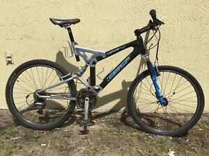 Rare GT STS XCR-2000 Carbon Fiber Mountain Bike - Full XTR M952.  NO SHIPPING