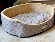 NEW! Armarkat Silky Soft Quilted Oval Shaped Pet Cat Kitten Kitty Dog Puppy Bed