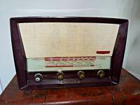 Vintage 1950's Philco AM/FM Model 102 Radio with Bakelite Casing (Mains Valve)