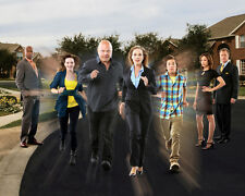 No Ordinary Family [Cast] (50079) 8x10 Photo