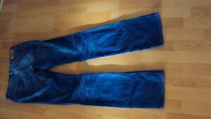 DIESEL Ladies Blue Jeans / Denim Bootzee Regular Slim Bootcut - W28 L32 (Long)