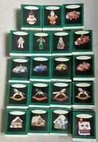 HALLMARK LOT OF 19 MINIATURE ORNAMENTS some collectors 1993-1996 1 Lighted House