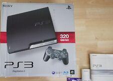 Sony PlayStation 3 Slimline 320GB + vier Spiele CECH-2504B PS3 mit Controller