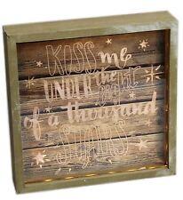 Caja De Madera Marco LIGHT UP LED placa Amor signo ~ Kiss Me bajo la luz de estrellas