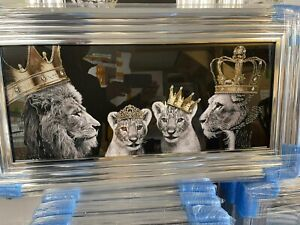 LION FAMILY KING AND QUEEN WITH CUBS CROWNS LIQUID ART WALL CHROME LOOK 85x45cm