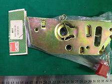 FIAT UNO R/89 HOOD LATCH RELEASE  PART No 8811  NOS