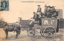 CPA 22 CAVALCADE DE ROSTRENEN CHAR DES CHARLATANS (cliché rare