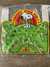 Vintage 1970's Aviva Snoopy Jewelry Stick Pin Store Display Of 36
