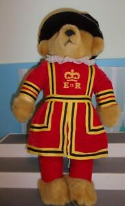 """HARRODS 18"""" QUEEN ELIZABETH BEEFEATER ROYAL GUARD BEAR by MERRYTHOUGHT England"""