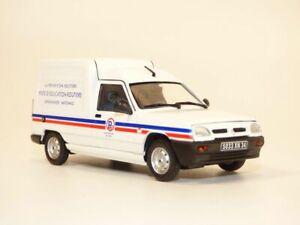 RENAULT EXPRESS Gendarmerie - la prévention routière 1/43