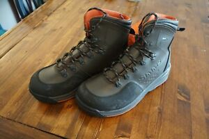 New Simms Fishing Freestone Boots, Size 11, Gray Color, Rubber Sole Wading Boots