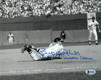 BROOKS ROBINSON SIGNED 8x10 PHOTO + THE HUMAN VACUUM CLEANER ORIOLES BECKETT BAS