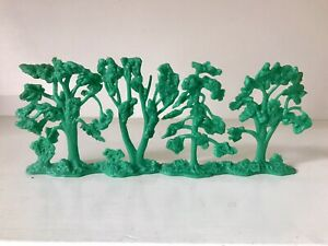 MARX BATTLEGROUND - UNCUT TREE SECTION - EXCELLENT- MUST SEE - VERY GOOD