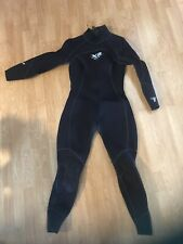 Body Glove Women's 7mm X2 Wetsuit (13/14)- black Barely Used! Dive suit