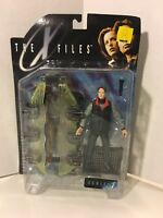 AGENT MULDER- The X-Files- Series 1- Fight the Future- McFarlane Toys- 1998- NEW