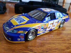 Michael Waltrip Toyota 2007 Camry 55 Napa 1:24 Scale Die Cast Owners Elite Stock