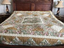 Traditional Queen/King  Handmade Pieced Quilt
