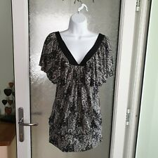 Bnwt CULTURE Long v neck Tunic Top Lagenlook Size 12. beautiful blouse!