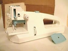 VINTAGE PORTABLE/TRAVEL ELECTRIC SEWING MACHINE - BATTERY OPERATED - BOX & BOOK