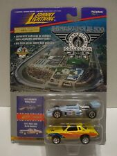 Johnny Lightning Indianapolis 500 1975 Bobby Unser Buick Pace Car 1:64 C8-8