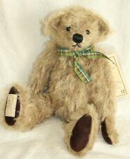 DEANS MOHAIR TEDDY BEAR - HUGO - 2001 COLLECTORS CLUB BEAR - NEW WITH TAGS