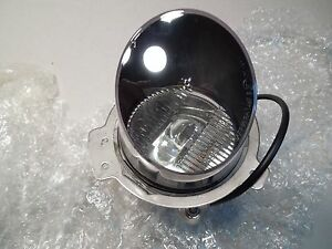 BENTLEY RIGHT HAND FOG LAMP ASSEMBLY PM109046PD NEW