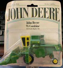 Ertl John Deere 95 Combine 1/64 scale replica #5819