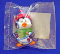 Russ PIN Christmas Vintage PENGUIN in Holiday LIGHTS Holiday Brooch MIP