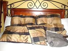 Sears Whole Home Decorative King Bed Pillows King Envelope Shams and Bedskirt