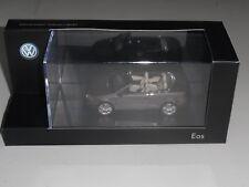 KYOSHO,VOL 1Q1099300B8R, VW EOS 2011 OPEN TOP IN METALLIC BROWN. DEALER MODELS