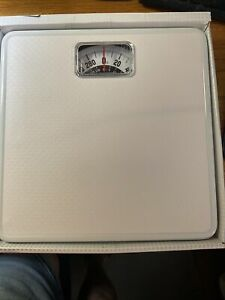 Scale Taylor White Dial - Open Box - Very Nice!